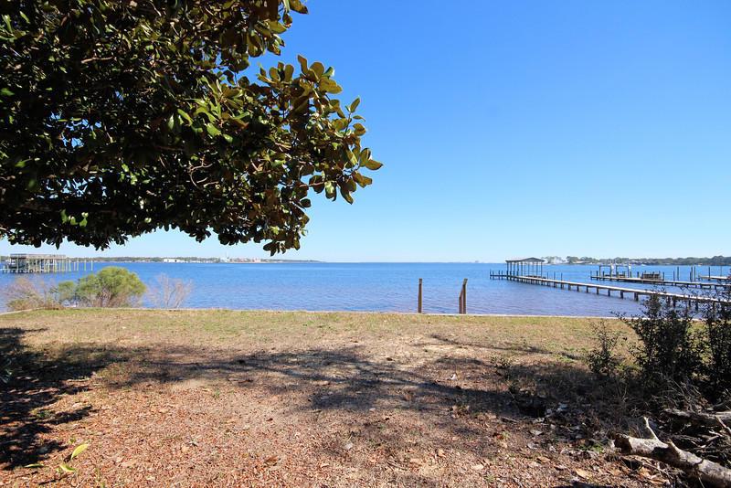 275 NE BEACHVIEW Dr, Fort Walton Beach, FL 32547