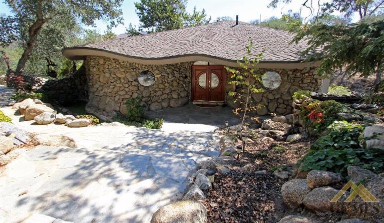 29368 Cassie Court, Keene, California 93531
