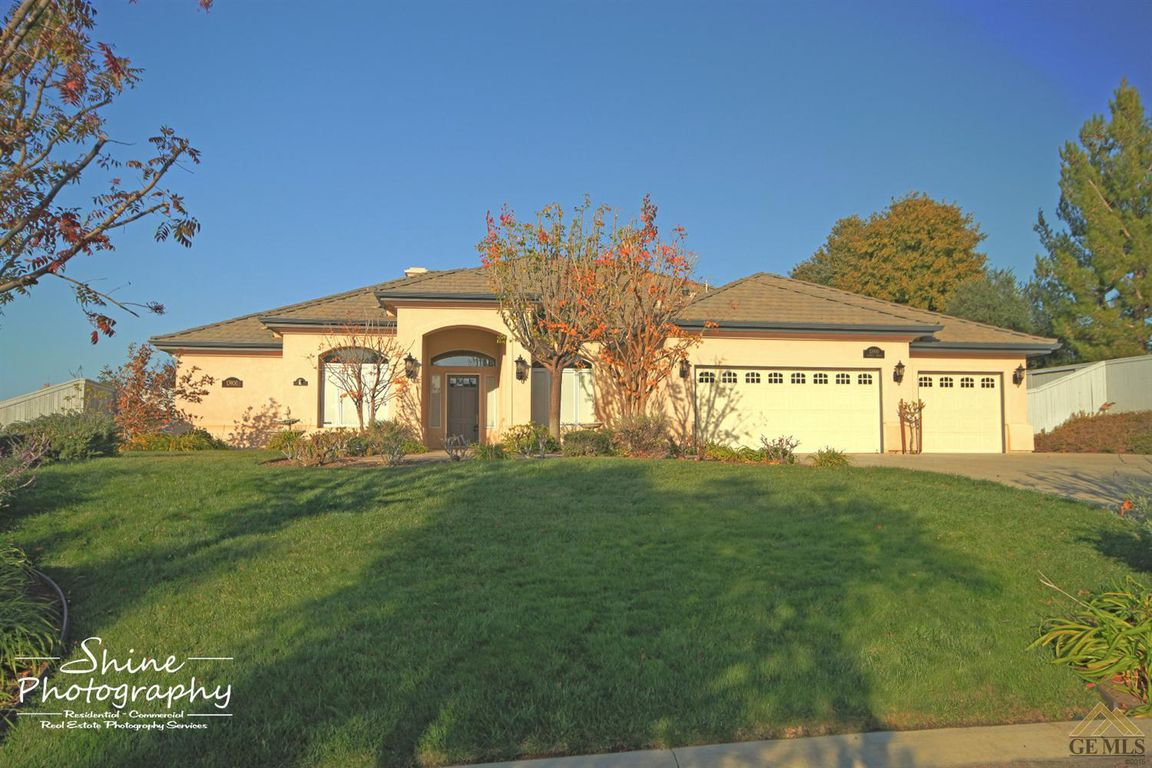 13900 Raphael Avenue, Bakersfield, CA 93306